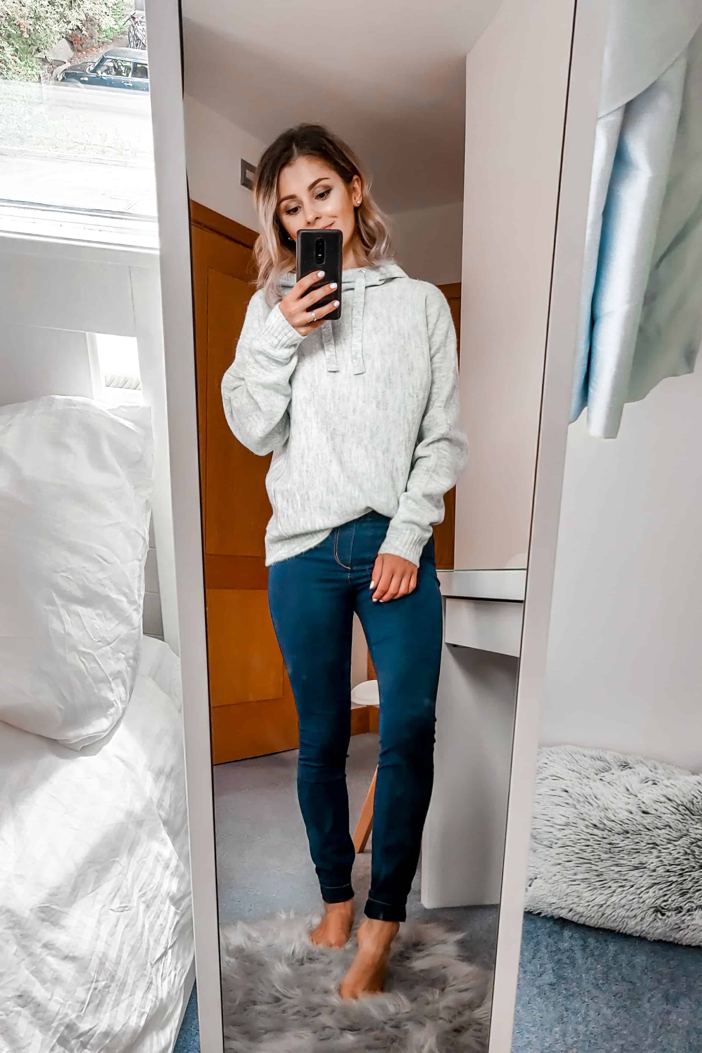 grey hoodie Primark outfit with jeggings