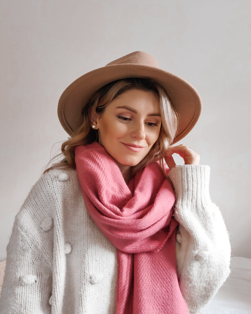 new in primark 2020 pink scarf camel hat outfit