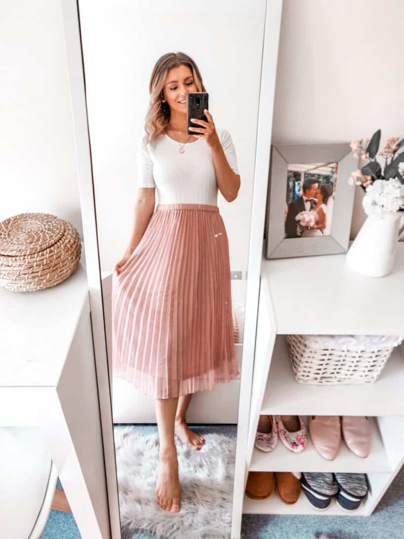 Pink pleated skirt spring summer outfit ideas Boohoo