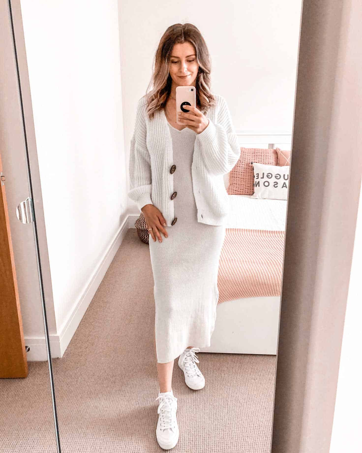 Neutral autumn outfit cream ribbed dress and cardigan