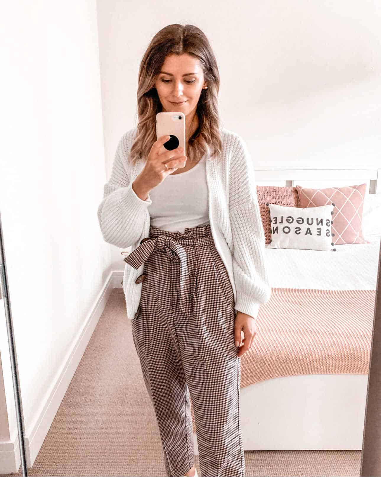 Paperbag trousers chunky cardigan fall outfit 2020
