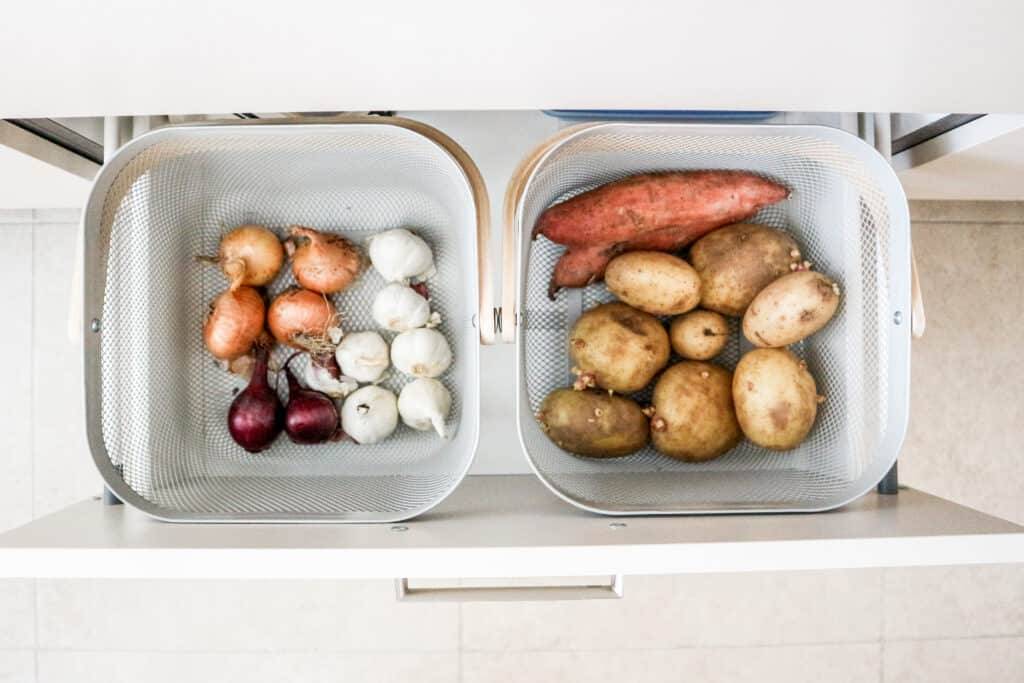 Storage tips for potatoes onions kitchen