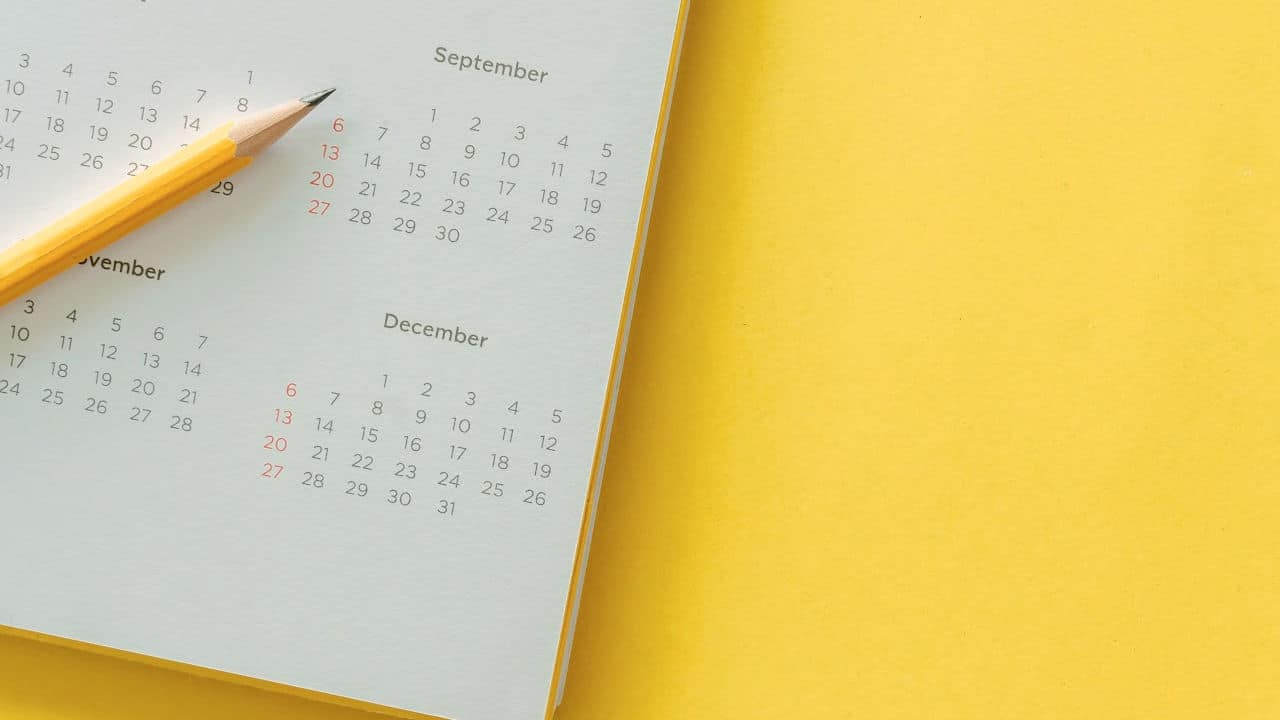 yellow calendar for planning content