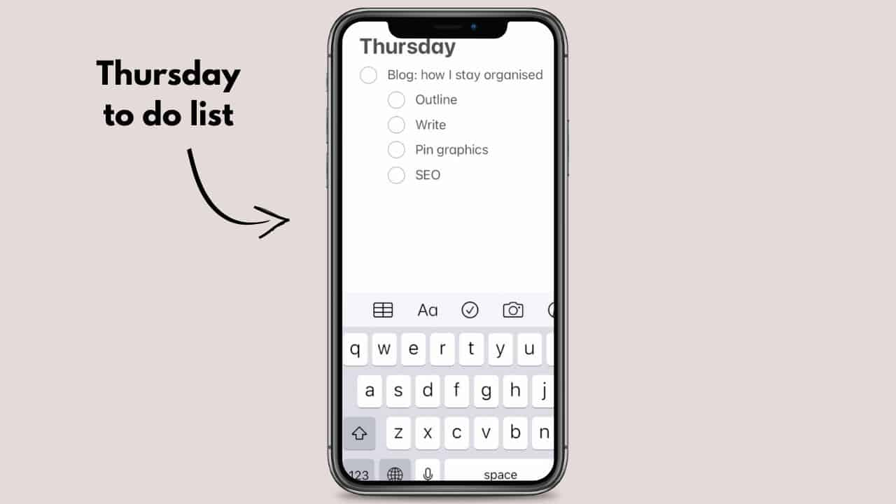 How to stay organised as a blogger daily to do lists notes app on iPhone